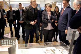 Mininsterin-Dr-Barbara-Hendricks-besucht-BauKunstE